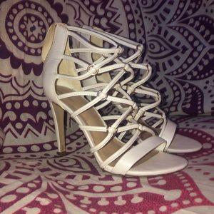 Beautiful Aldo Heels! Slightly Worn!